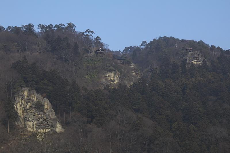 仙山線 山寺駅前から山寺を望む