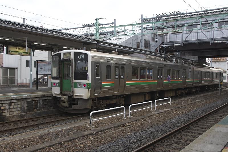 米沢駅から福島駅まで乗車した719系