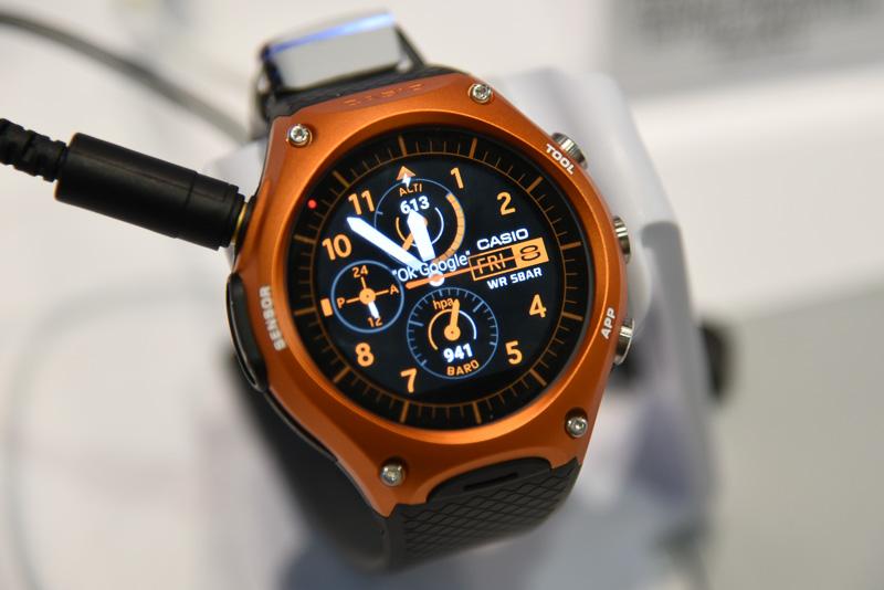 カシオのAndroid Wear「Smart Outdoor Watch WSD-F10」