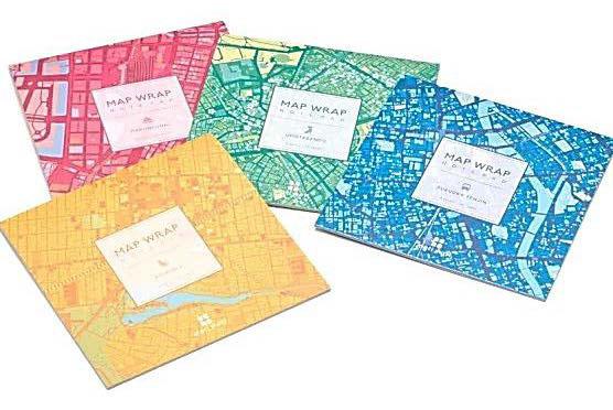 切り離すとラッピングにも使えるノートパッド「MAP WRAP NOTEPAD」、中紙は切り離しができ、便箋としてはもちろんラッピングペーパーや折り紙としても使える。380円