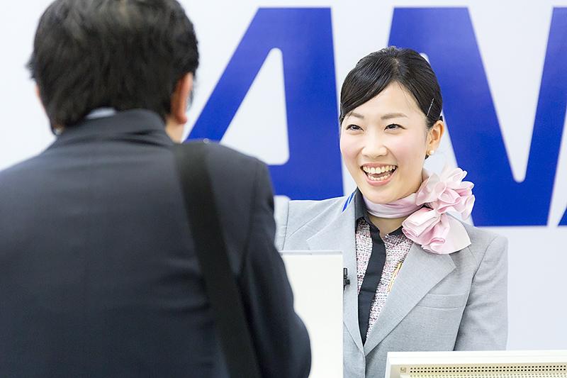 鈴木絢子さん(羽田空港)