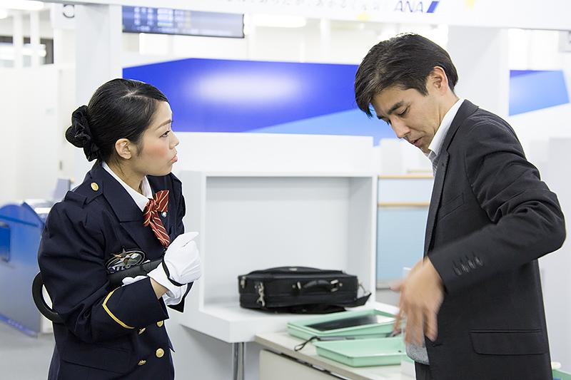 山口智巳さん(伊丹空港)