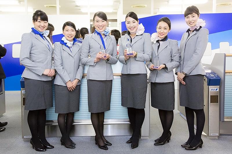 ゲート部門は空港の規模ごとにカテゴリー分けされ松山空港、福島空港、佐賀空港が優秀賞となった