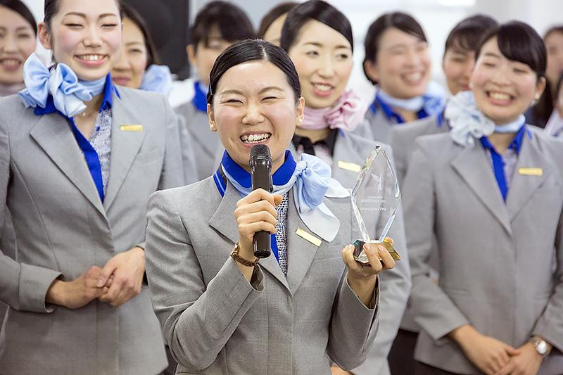 準グランプリの王茜さん(新千歳空港)