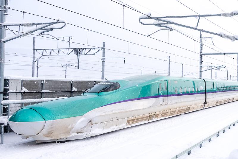 北海道新幹線のH5系車両