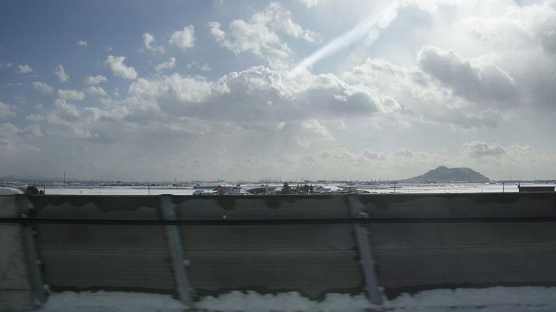 平野と函館山が見えた