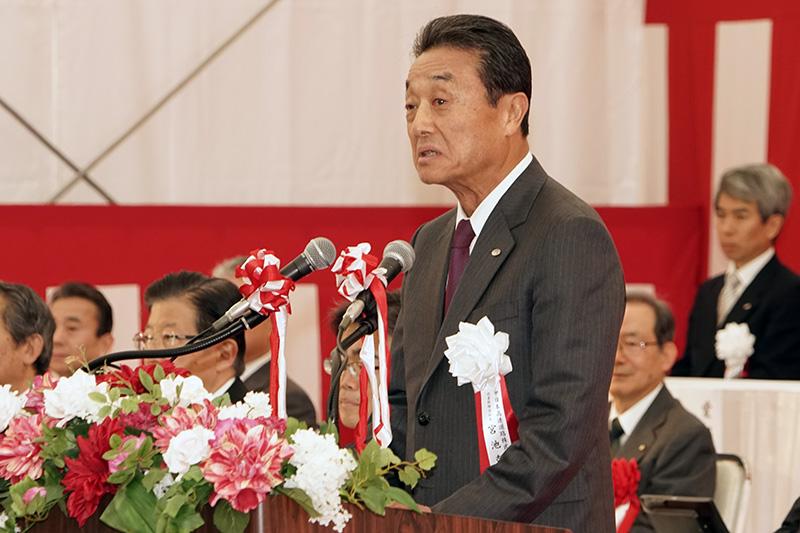 主催者として挨拶するNEXCO中日本 代表取締役社長 宮池克人氏