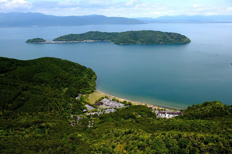 客室はすべて琵琶湖に面している