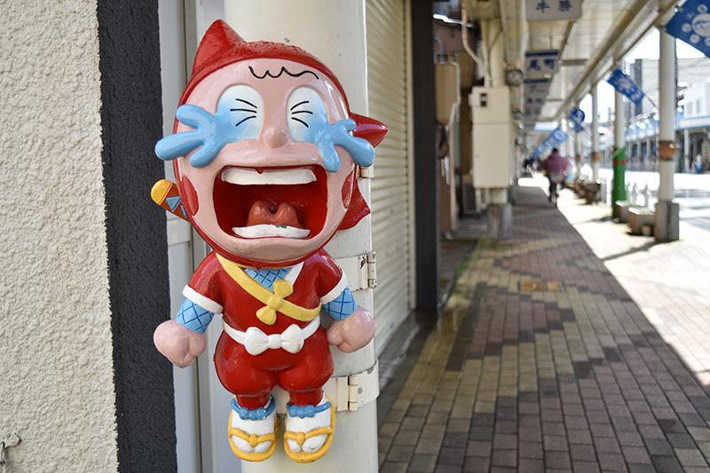 実は氷見市は忍者ハットリくんや怪物くんなどで知られる藤子不二雄A先生のふるさと。街中にはいたるところに懐かしいキャラクターが!