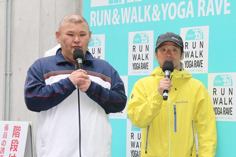 安田大サーカスの団長安田さんとHIROさん。当日は雨だったがトークで会場を盛り上げた