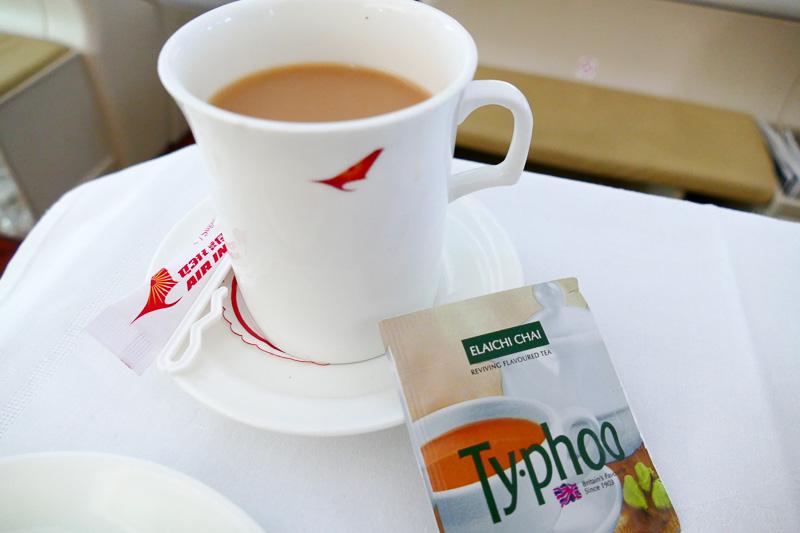 さすがインドの航空会社。紅茶の種類も豊富です