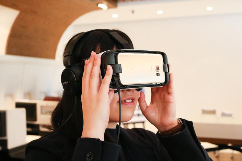 サムスンのGear VRを使いJAL SKY SUITEを体験できる