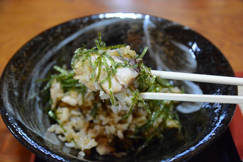 魚めし。これだけを食べに屋久島へもう1度行きたい、と本音でもちょっと思っているほど美味しかった