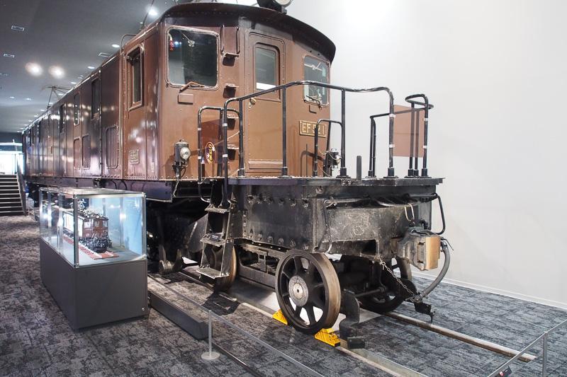 日本で最初に製造された大型電気機関車EF52形