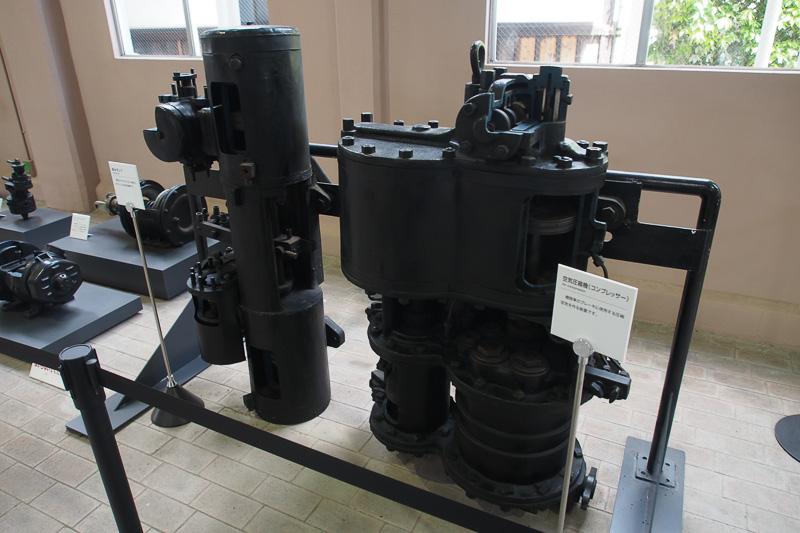 独特の音を発する蒸気機関車のコンプレッサー