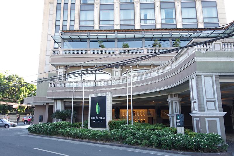 部屋数は60室弱とそんなに大きなホテルではありません