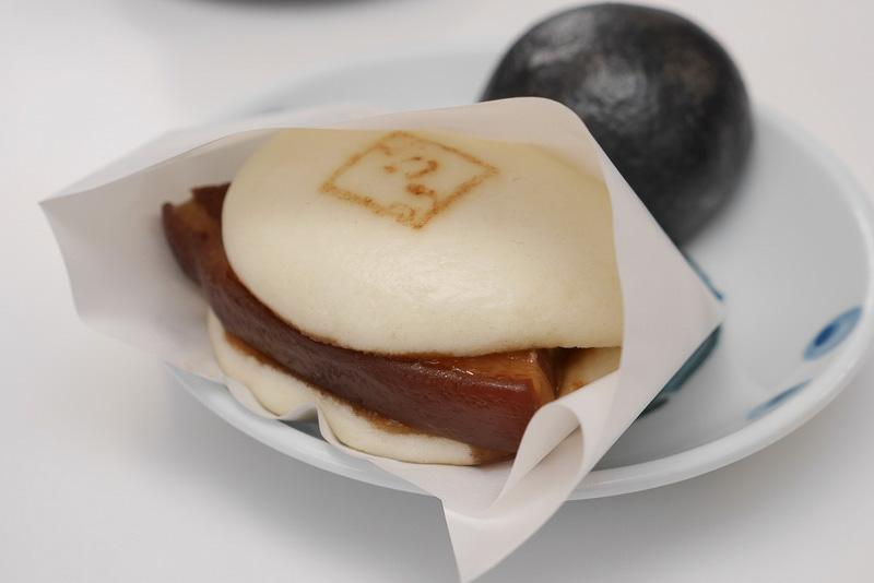 長崎県で人気急上昇のご当地グルメ「角煮まんじゅう」。テイクアウト店の増加で観光客や地元民にも大人気