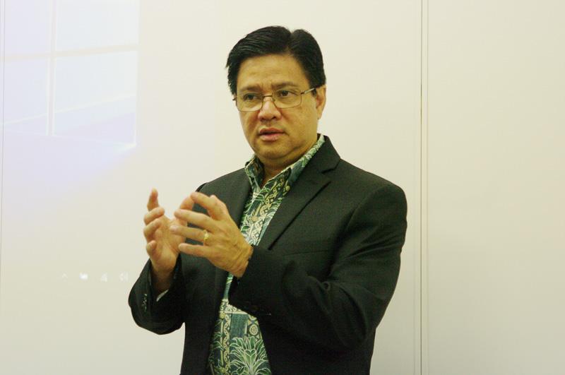 「アロハ」の意味を説明した、オアフ経済開発委員会 社長兼最高経営責任者 ポノ・シン氏