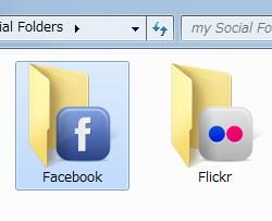 """Facebook""フォルダが作成され、Facebookの写真と同期される"