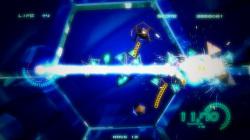 レーザーは敵機と敵弾を一気に消せるので爽快感バツグン