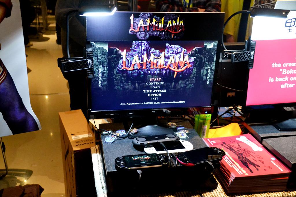 隣のピグミースタジオに置かれた、PS Vita版「LA-MULANA」