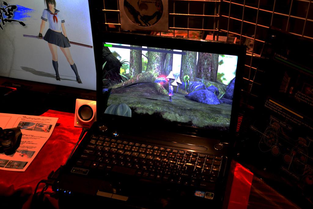 開発中の新作アクションゲーム「SkyLens」も展示されていた